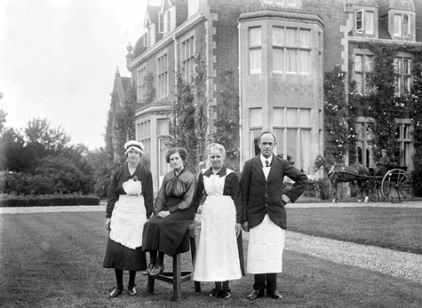edwardian-era-servants